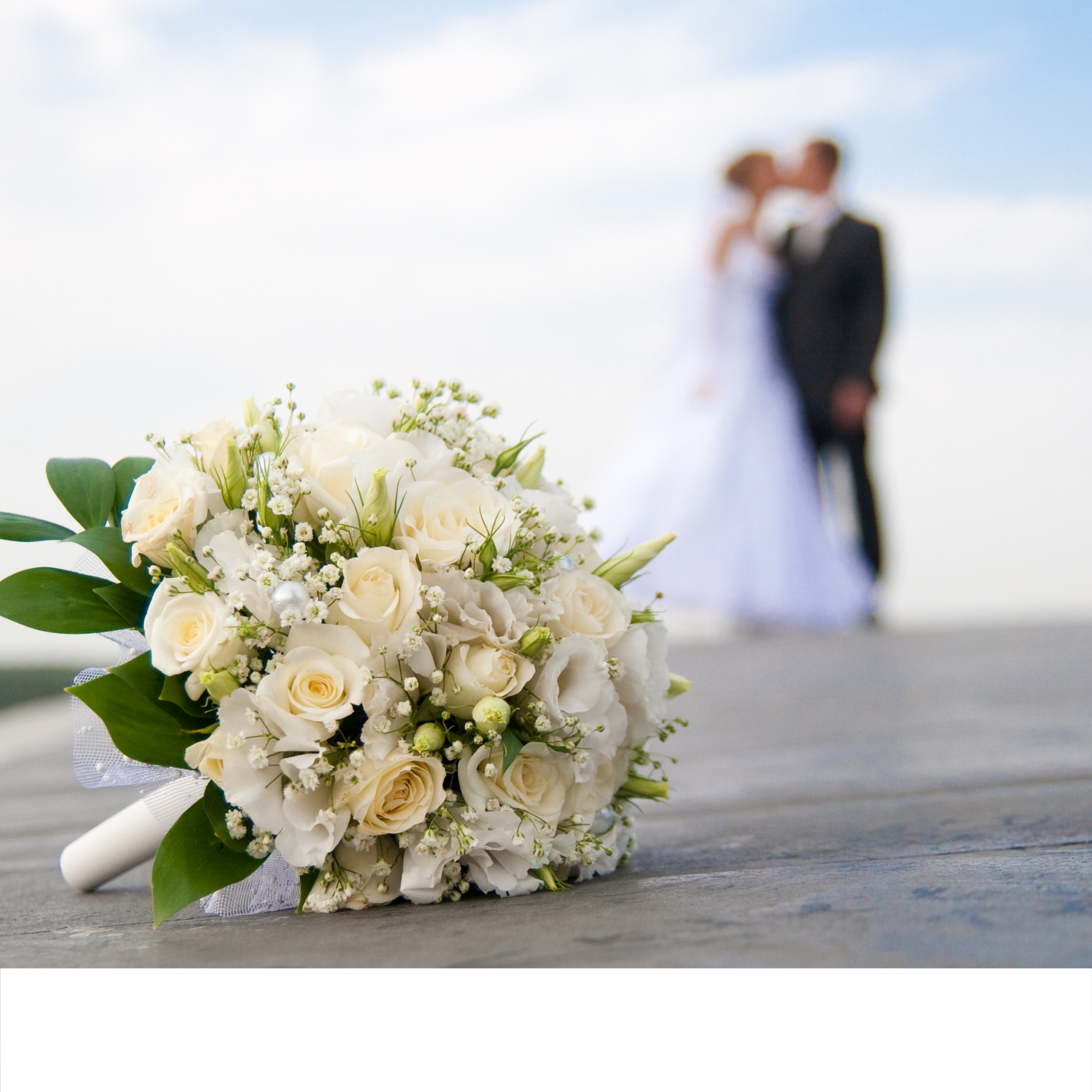 """Saying """"I Do""""…Again – 4 Reasons Why Renewing Your Vows Will Bring You Closer"""